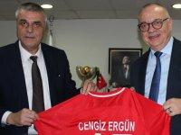 Cengiz Ergün'den Akhisarspor yönetimine ziyaret