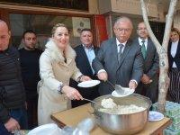 Pınar Güney, Ustalık ve Kalfalık Belgesi dağıttı