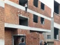 Akhisar'da intihar, genç kız inşaatın 2. katından atladı!