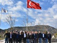 """Dutlulu, """"Akhisar'da Ticaret faaliyetlerine destek olacağız"""""""