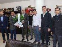 Genç Memur-Sen'den Akhisar Belediye Başkanı Salih Hızlı'ya ziyaret