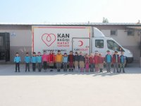 Cumhuriyet İlkokulundan Kızılay'a 45 ünite kan bağışı