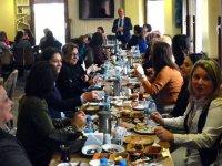 Hasan Ali Men, kadın üyeleriyle kahvaltıda buluştu