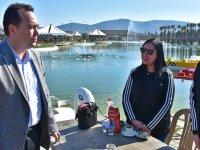 Millet ittifakı Adayı Besim Dutlulu, gölet alanında vatandaşlarla buluştu