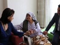Büyükşehir'den yaşlılara ziyaret
