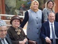 İnönü Mahalle Muhtar Adayı Şadiye Saraç, yaşlılarla buluştu