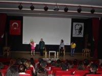 Bahçeşehir Kolejinde tiyatro şöleni