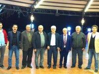 Akhisar Meteoroloji Müdürlüğünden emekli olan Oktay Öztaş'a veda yemeği