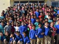 Vali Deniz, Akhisar'da Öğrencilerle Buluştu