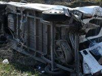 Akhisar'da trafik kazası: 3 yaralı