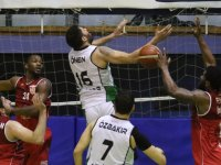 Akhisarlı devler evinde Final'e 2 sayı farkla kaybetti