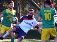 Kirazoğlu, halı saha futbol turnuvasında dördüncü hafta