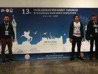 Cumhuriyet Mesleki ve Teknik Anadolu Lisesi MEB Robot Yarışması'nda
