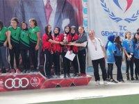 Adnan Menderes Kız Anadolu İHL öğrencilerinden Türkiye derecesi