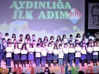 """Bahçeşehir Koleji Akhisar Kampüsü 1. sınıf öğrencileri, """"Aydınlığa İlk Adım'larını attılar"""