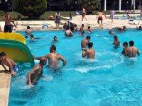 20 Bin öğrenci Gülbeyaz havuzda serinleyecek