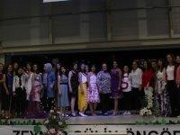 Zeynep Gülin Öngör MTAL, TYH Tekstil ile sene sonu defilesinde çiçekler açtı