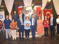 Türk Eğitim-Sen yılsonu yemeğinde bir araya geldi