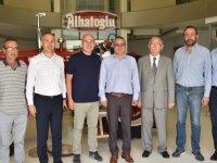 Vali Ahmet Deniz, Alhatoğlu Zeytinyağı Fabrikasında incelemelerde bulundu