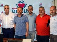 Akhisarspor'un sağlıkta sponsoru yeniden Özel Doğuş Hastanesi oldu