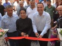 Sestra Boutique, Akhisarlıların hizmetine açıldı