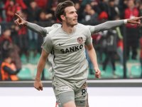 Akhisarspor, Gazişehir'den Bjarnason'u transfer etmek istiyor