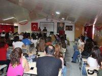 Eksen Okullarında öğretmenlere yönelik seminer başladı