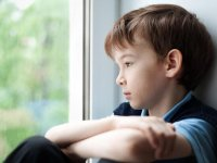 Çocuklarda Utangaçlık, İçine Kapanıklık Nasıl Aşılır?