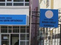 Misak-ı Milli İlkokulu ve Ali Şefik Ortaokulu farklı binalarda