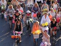 Akhisar'da Süslü Kadınlar Bisiklet Turu düzenleniyor