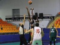 Thyateira basketbol turnuvasında şampiyon Akhisar