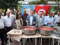 AK Parti teşkilatından aşure etkinliği