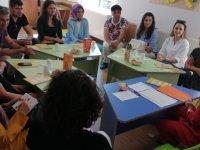 Özel Akhisar Deniz Anaokulunda veli toplantısı yapıldı