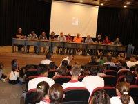 Hababam Sınıfı, Eksen Okulları öğrencileriyle buluştu