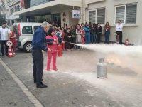 Özel Akhisar Hastanesi personeline sivil savunma eğitim ve tatbikatı