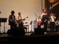 ASDER'den  24 kasım Öğretmenler günü konseri