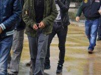 Akhisar'da insan kaçakçılarına operasyon: 37 kaçak yakalandı
