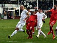 Ümraniye-Akhisar  maçında kazanan çıkmadı