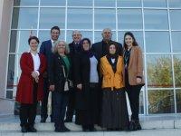 Özel Akhisar Hastanesi engelliler gününü unutmadı