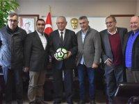 Akhisarspor Yönetimi, protokolü ziyaret etti