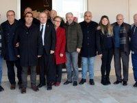 Akhisarspor başkanı Karabulut, Akhisar TÜRFAD'ı ziyaret etti