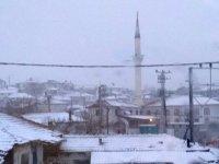 Akhisar'da 3 okula kar engeli