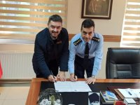 Özel Merkez Eğitim Kurumlarıyla Akhisar Hava Meydan Komutanlığı protokol imzaladı