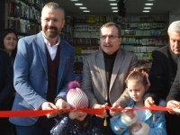İpek Aksesuar ve Elektronik hizmete açıldı