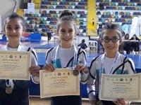 Akhisarlı Cimnastikçiler, Balıkesir'de şehrimizi temsil etti
