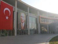 Türk Bayrağı'nı Yırtan Yunan Vekile Akhisar'dan tepki