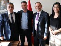Akhisar Belediyesi ile Vip Vadi Eğitim Kurumları protokol imzaladı