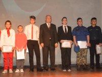 Öğrenciler, Mehmet Akif Ersoy Şiirleri ve İstiklal Marşı İçin Yarıştılar