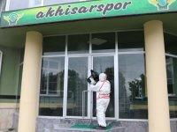 Akhisarspor tesislerinde dezenfekte çalışmaları