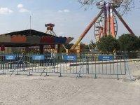 Akhisar Belediyesi Gölet alanı giriş çıkışlara kapatıldı